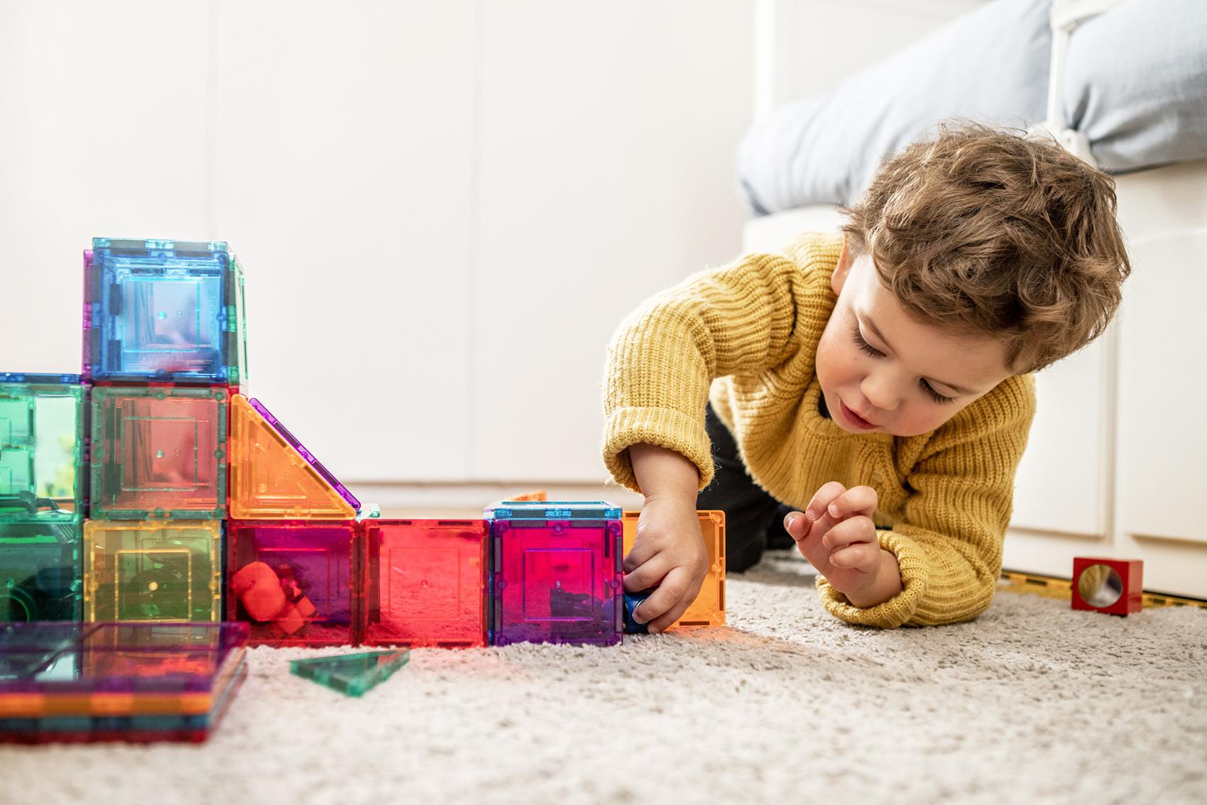 Ubrania i zabawki z drugiej ręki – używane rzeczy dla dzieci