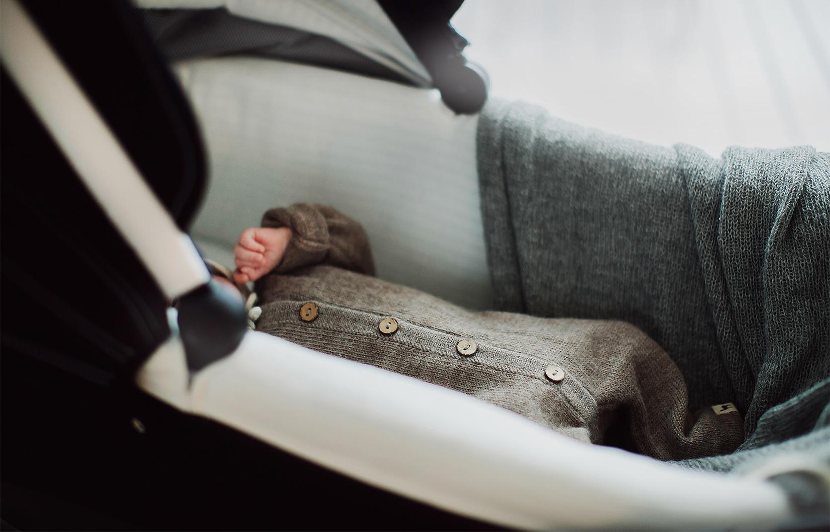 Jak ubrać noworodka na spacer?