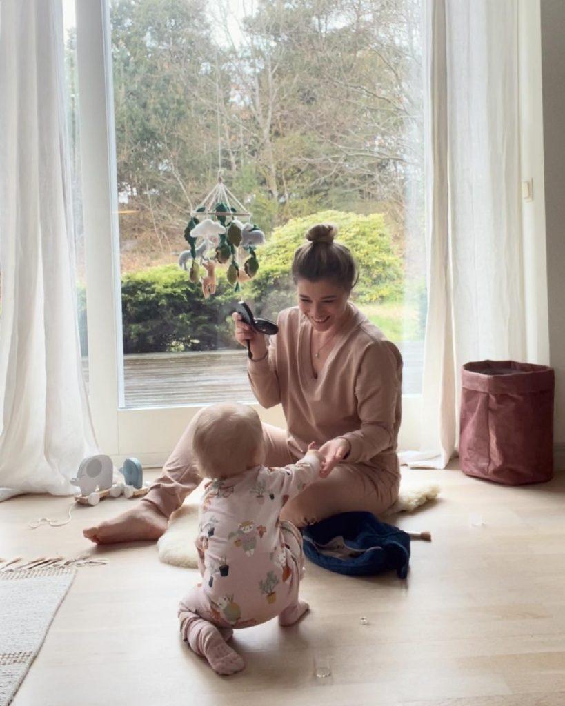 Maria Konarowska o normalizowaniu macierzyństwa